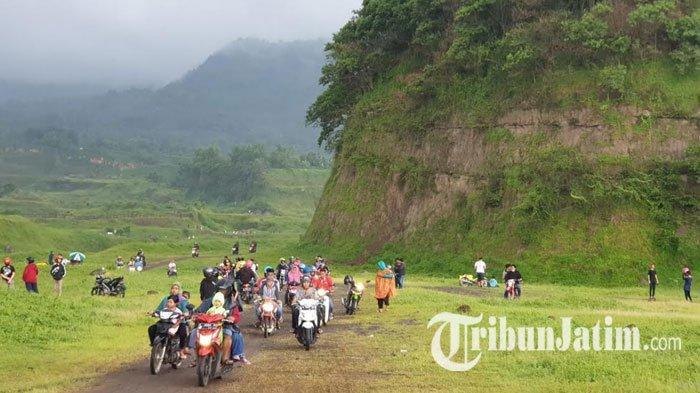 Jelajah Ranu Manduro, WisataPadang Savana di Mojokerto yang Lagi Viral, Lihat Potret dan Rutenya!