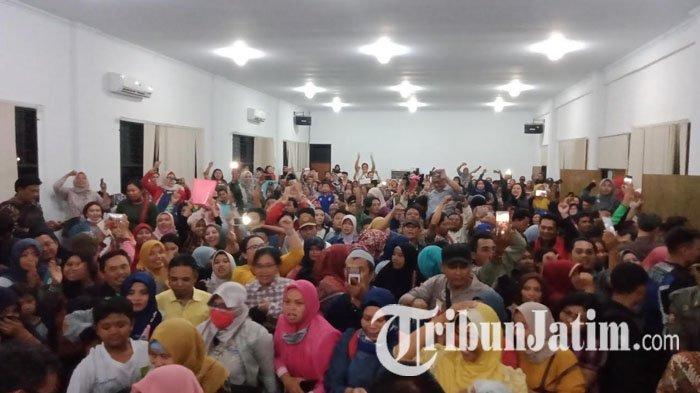 Diprotes Ratusan Orang Tua, Dindik Surabaya Tutup Sementara Server Pendaftaran PPDB SMP