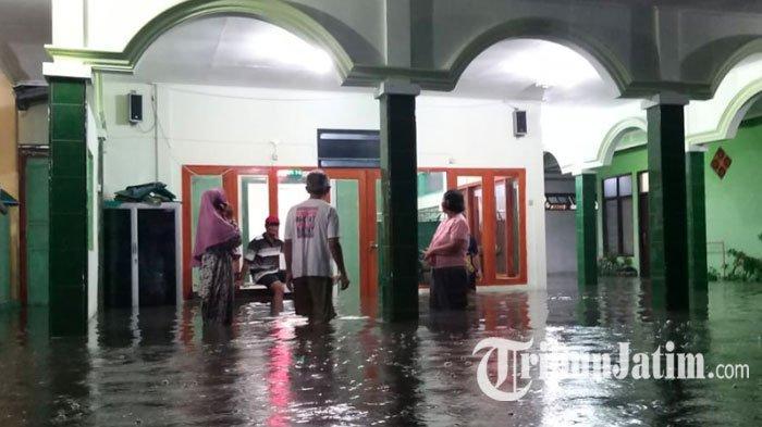 3 Kecamatan di Kota Madiun Diguyur Hujan Deras Selama 5 Jam, Ratusan Rumah Warga Terendam Banjir