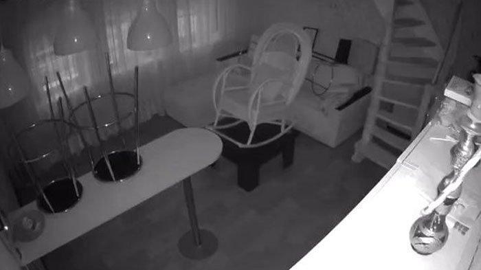 Curiga Uang di Laci Sering Hilang, Pengusaha Kopi Pasang CCTV, Tak Percaya dengan Sosok yang Dilihat