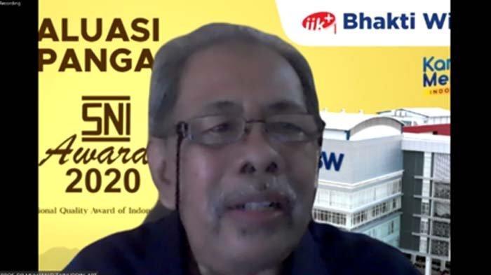 Rektor IIK Bhakti Wiyata Kediri, Muhamad Zainuddin hadiri Site Evaluation SNI Award 2021.