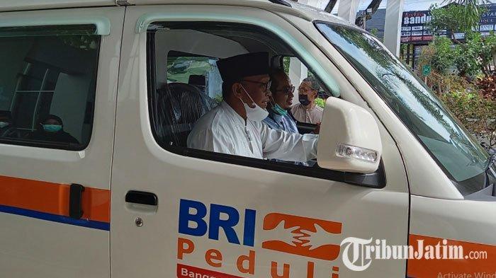 Unisma Dapat CSR Mobil Ambulans dari BRI Martadinata Malang