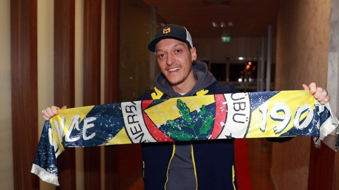 Bursa Transfer - Mesut Ozil Resmi Merapat ke Fenerbache, David Alaba Sepakat Gabung Real Madrid