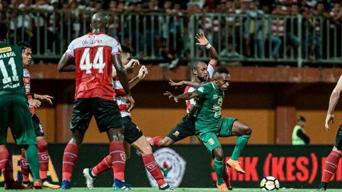 Pelatih Arema FC Cari Tahu Soal Ricky Kayame pada Alfredo Vera Dan Jacksen F Tiago