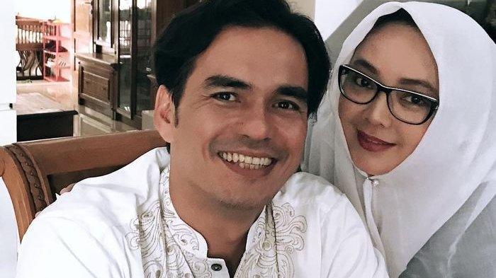 Sosok Teddy Syach Suami Rina Gunawan, Aktor & Anak dari Sutradara, Pernah Bintangi 28 Judul Sinetron