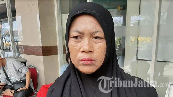 Suaminya Belum Ditemukan, Rismiati Istri Korban KM Santika Nusantara Minta Pencarian Tak Dihentikan