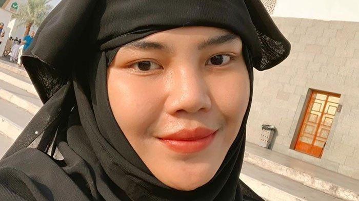 Dulu Ribut Lalu Viral, Ponakan Dewi Perssik 'Kalah', Kini Rosa Meldianti Pilih Jalan Beda: Buat Apa
