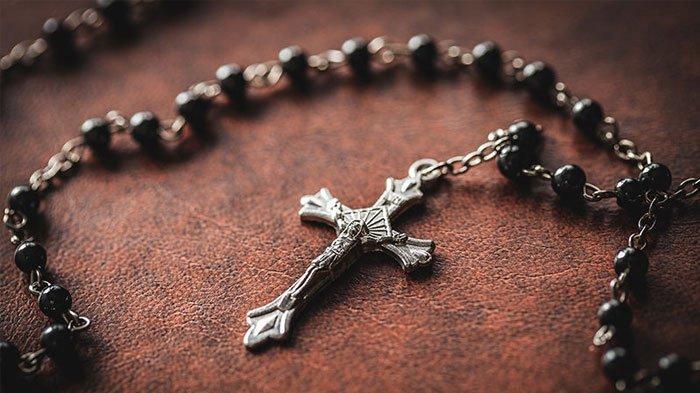 Panduan Doa Rosario yang Dibaca selama Bulan Mei atau Bulan Maria menurut Gereja Katolik