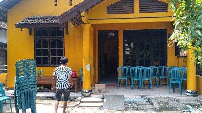 Didi Kempot Dimakamkan di Rumah Istrinya di Mejasem Ngawi, Keluarga Besarnya Mulai Berdatangan