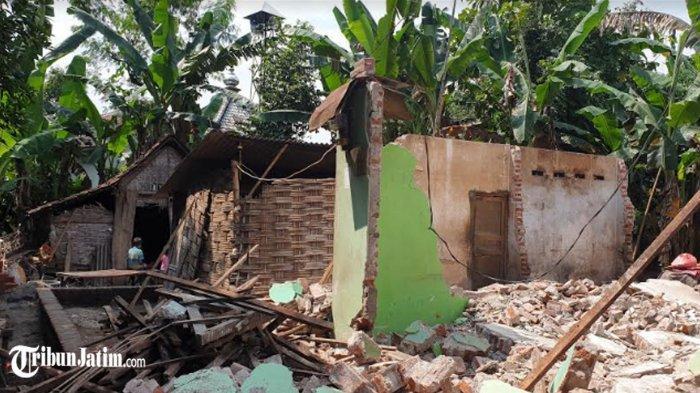 Fakta Keputusan Istri Bongkar Rumah Mantan Suami di Mojokerto, Pemdes Merestui: Nanti Dibagi Dua