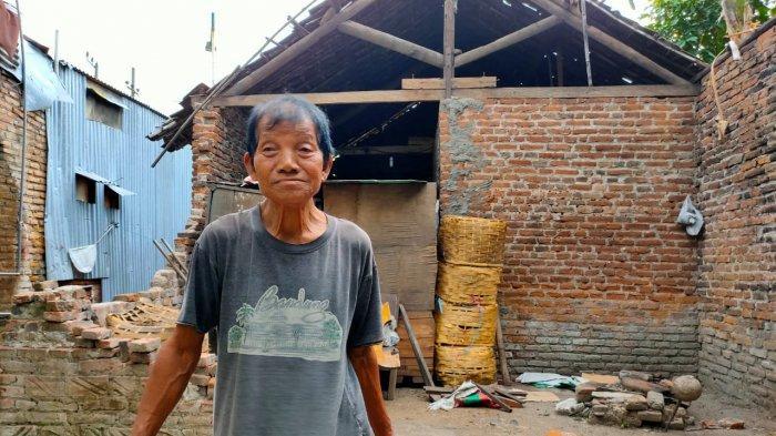 Lintas Komunitas di Kediri Akan Perbaiki Rumah Suratmin yang Nyaris Roboh