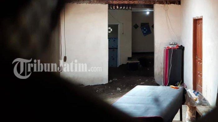 Janggal 1 Keluarga Tewas di Rumah, Bapak Gantung Diri Anak Terkapar Penuh Busa, Luka Misterius