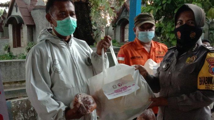 Ringankan Beban Tim Pemulasaran, Ketua Bhayangkari Cabang Kota Malang Serahkan Bantuan Sembako