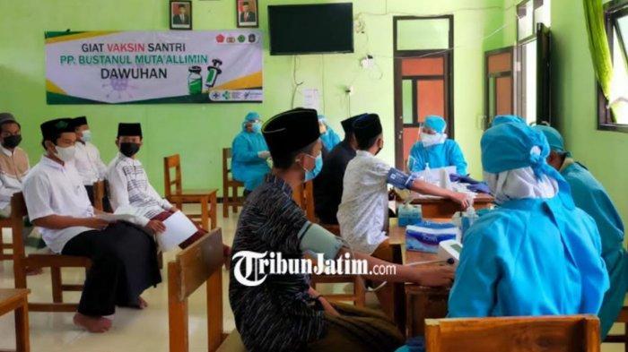 Ratusan Santri di Ponpes Kota Blitar Mulai Disuntik Vaksin Covid-19