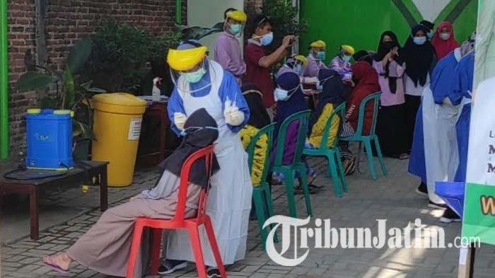 Ratusan Santri Kontak Erat Tanpa Gejala dari Pasien Covid-19 di Ponpes Kota Blitar Jalani Tes Swab
