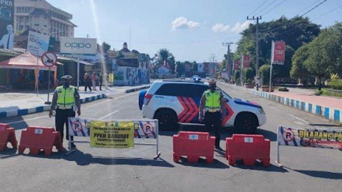 Jalan Depan Pemkab dan DPRD Ponorogo Ditutup 24 Jam, Berlaku hingga PPKM Level 4 Berakhir
