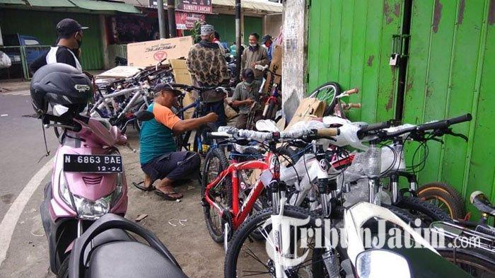 Satlantas Polresta Malang Kota Imbau Pesepeda Tertib dan Patuhi Aturan Lalu Lintas