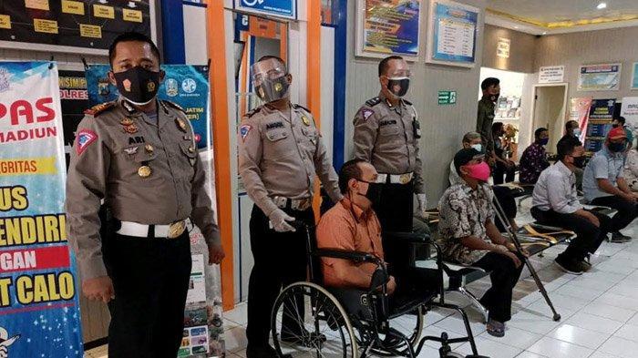 Satpas Polres Madiun Sediakan Fasilitas Penyandang Disabilitas, Kursi Roda Hingga Petugas Siap Bantu