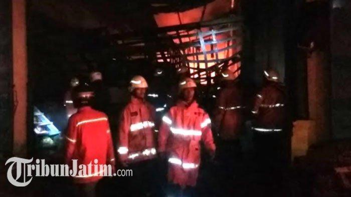 Kebakaran Hebat di Kompleks Pergudangan Margomulyo Surabaya, Begini Rincian Bangunannya