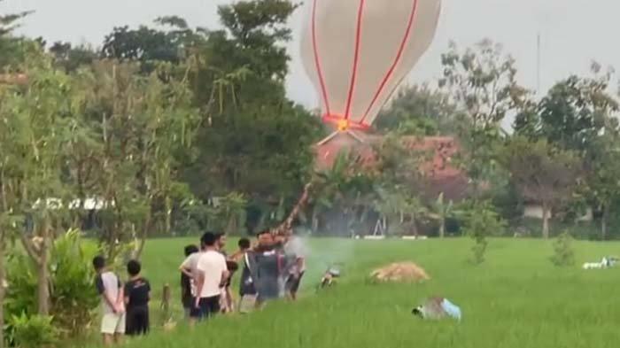 Hendak Terbangkan Balon Udara, 13 Remaja di Madiun Ditangkap, Mengaku Beli Bahan di Toko Online