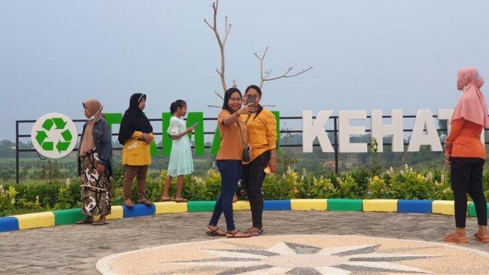 Taman Kehati di TPA Karangdiyeng Mojokerto Jadi Tempat Rekreasi, Warga: Tidak Bau Sampah