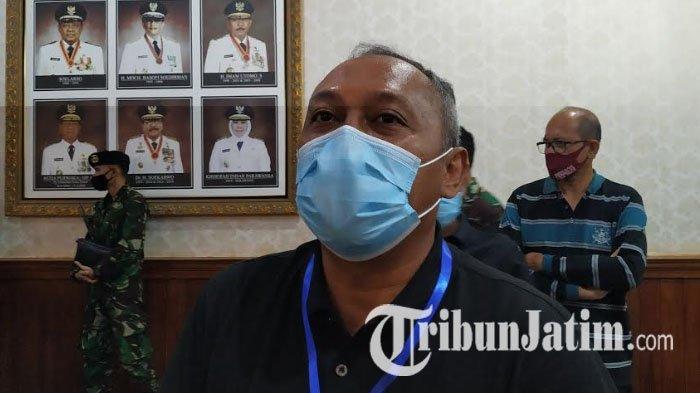 Sekda Kota Surabaya, Hendro Gunawan, saat ditemui seusai rakor dengan Gubernur Jawa Timur, Khofifah Indar Parawansa, Sabtu (9/5/2020).