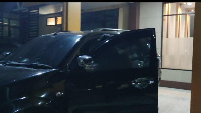 Dua Pejabat Pemkab Probolinggo Lari ke Mobil seusai Diperiksa Penyidik KPK, Hindari Wartawan