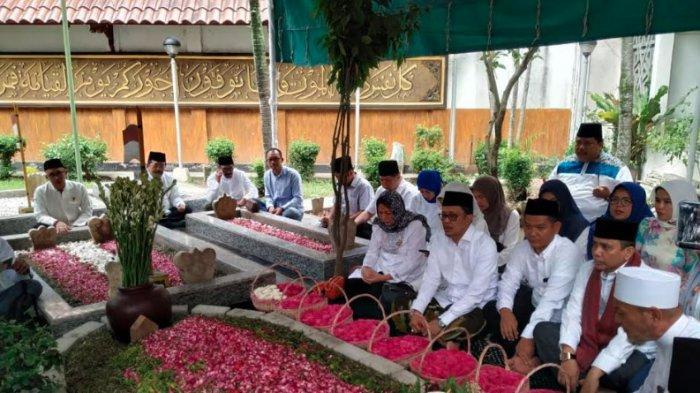 Takziah ke Pondok Pesantren Tebuireng Jombang, Nasdem: Gus Sholah Tokoh yang Plural