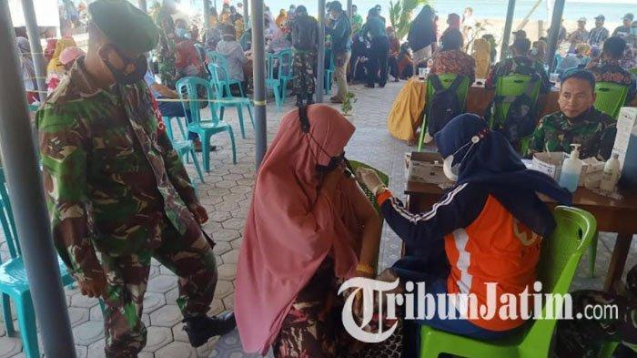Tak Ada Waktu Libur, Kodim 0812 Geber Serbuan Vaksin, Hari Ini Maraton di 6 Kecamatan di Lamongan