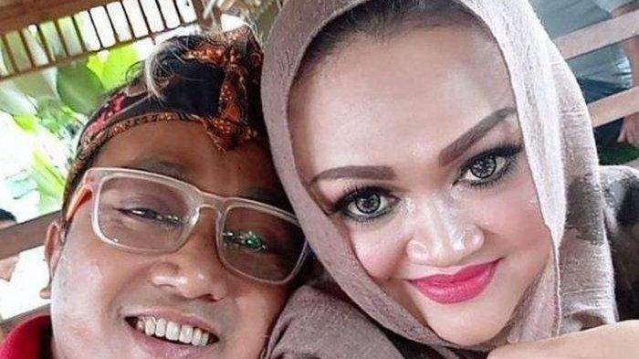 Setelah ribut soal warisan, Teddy mantan suami Lina Jubaedah bak menghilang.