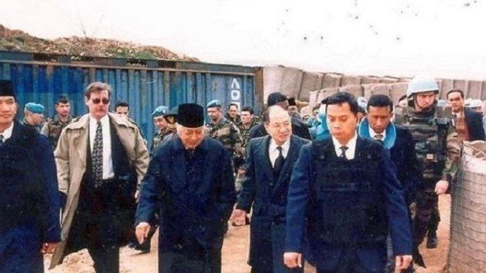 Bermodal Jas dan Kopiah, Ajudan Lindungi Soeharto yang Tanpa Rompi Antipeluru dari Sniper di Bosnia