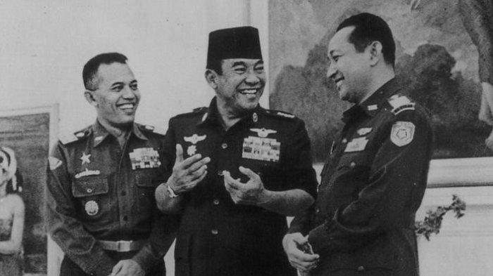 Jelang Supersemar, Soekarno Gemetar Ketakutan Istana Dikepung Pasukan Liar, Posisi Soeharto Disoroti