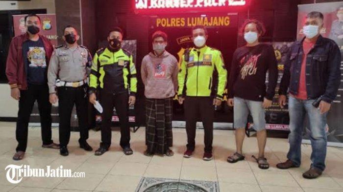 Sopir Truk Oleng Viral Melintas di Jalan Pasirian-JLS Ditangkap Polisi, Ditahan di Polres Lumajang