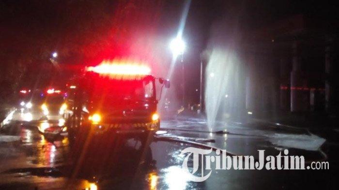 Selama Lima Jam Terjadi Lima Ledakan dari Pipa Gas di Kawasan SPBU Margomulyo, Tidak Ada Korban