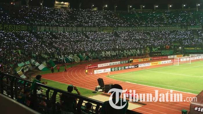 Khofifah Sebut Stadion GBT Bau Sampah, Vinsensius Awey: Itu Bentuk Perhatian pada Kota Surabaya