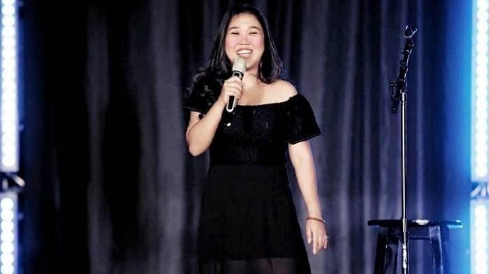 Arti Kata Roasting yang Dipakai Kiky Saputri, Bagian dari Stand Up Comedy, Populer di Dunia Komika