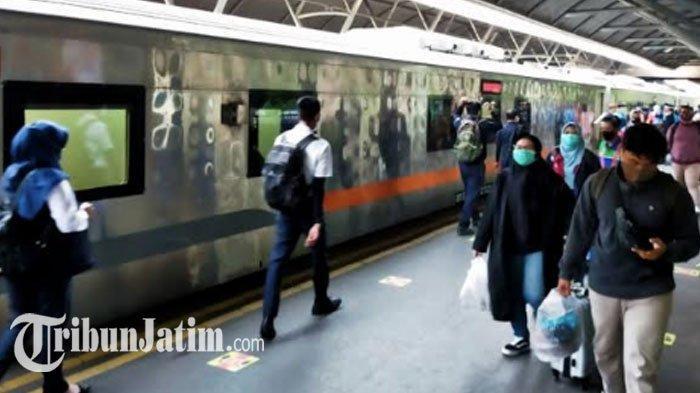 Hari IniDiprediksi Puncak Lonjakan Penumpang Libur Panjang, KAI Daop 8 Surabaya: Bisa 17.300 Orang