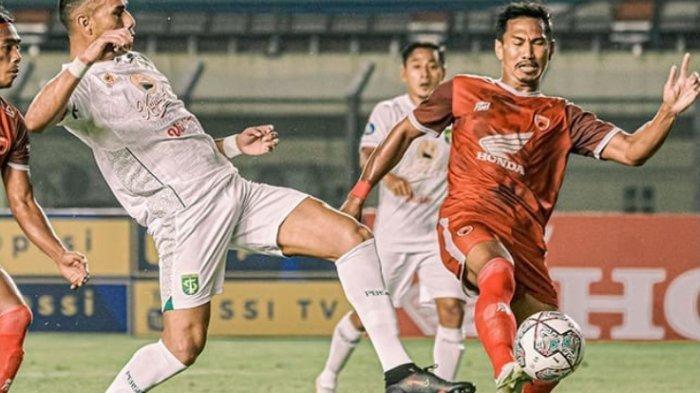 Takluk 3-1 Dari PSM Makassar, Pelatih Persebaya Salahkan Pemainnya: Sedikit Kecewa