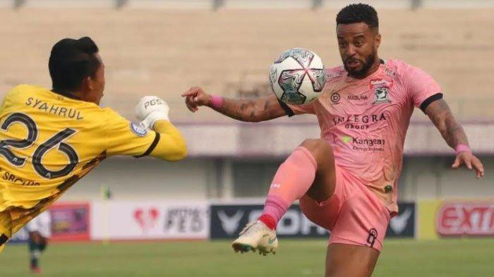 Gagal Raih Poin Penuh, RD Ungkap Penyebab Madura United Ditahan Imbang PS Tira