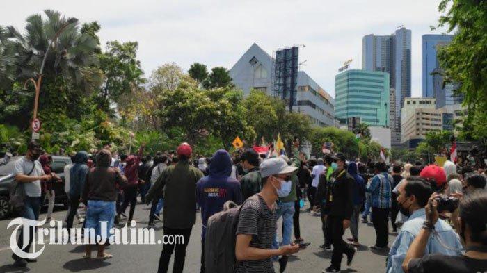 Besok, Sekitar 15 Buruh akan Kembali Berdemo Tolak Omnibus Law di Surabaya