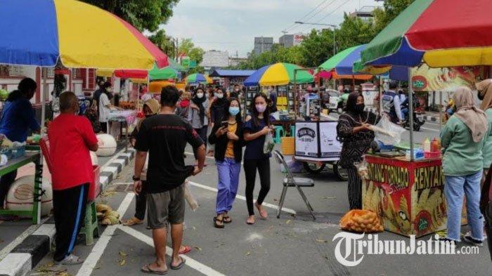 Pasar Takjil Kota Blitar Kembali Buka, Pedagang Raup Untung Jutaan Rupiah, Pengunjung Ikutan Senang