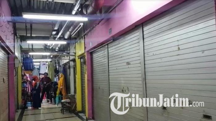 NEWS VIDEO: Situasi Pasar Tradisional Surabaya saat PSBB Jilid III, Pedagang 'Sambat' Omzetnya Nol