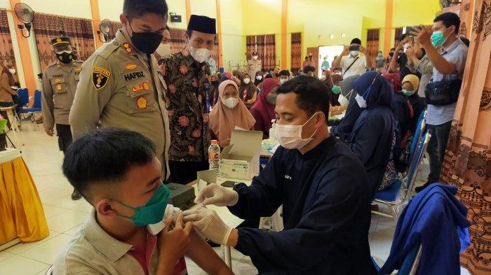 Sasaran Vaksinasi Terhadap Siswa di Sampang Diperluas, Target Siswa di Semua Sekolah
