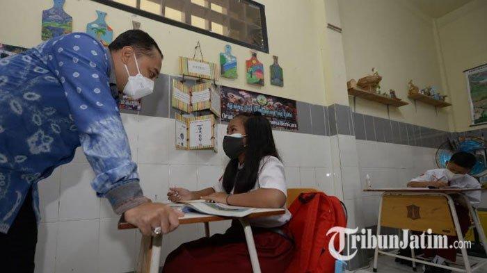 Sepatu hingga Seragam Sekolah Siswa SD-SMP di Surabaya akan Disamakan, Pemkot Libatkan UMKM
