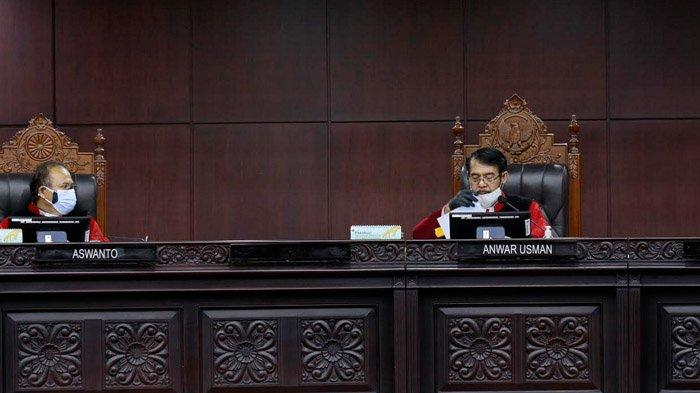 Mahkamah Konstitusi Tolak Gugatan Yusuf-Riza dalam Sengketa Pilkada Banyuwangi 2020