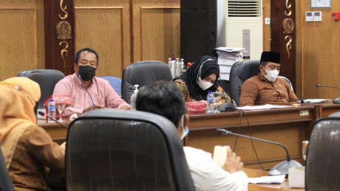 Rapat Penanganan Covid-19 di Sidoarjo Mendadak Dibubarkan, Dianggap Akan Sia-sia Bila Dilanjutkan