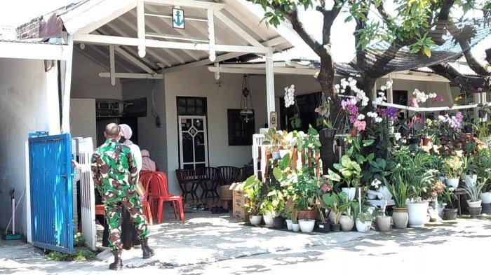 Rumah Keluarga Korban Kapal Selam KRI Nanggala 402 Mulai Didatangi Tamu