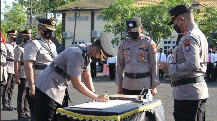 Kapolres Sampang AKBP Abdul Hafidz Pimpin Upacara Sertijab, Simak Daftar Pejabat yang Dimutasi