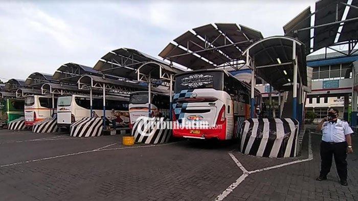 H-1 Larangan Mudik, Begini Situasi di Terminal Purabaya, Petugas: Mereka Bepergian