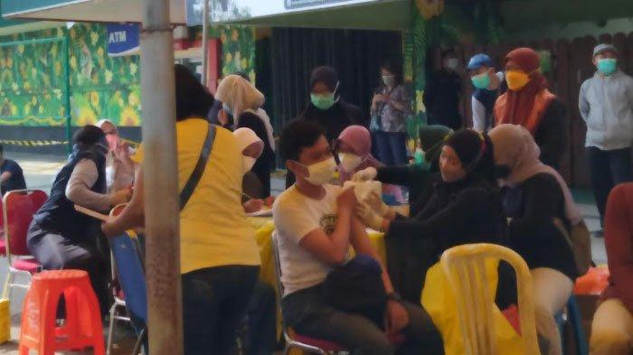 Info Vaksinasi Surabaya Hari Ini 14 Oktober 2021, Ada 1000 Dosis Vaksin Sinovac